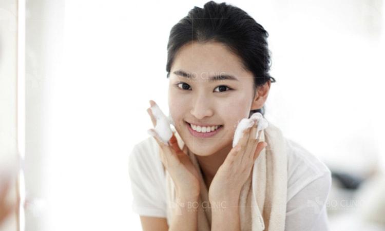 Đắp mặt nạ dưỡng da mà quên 4 điều này là mụn nổi chi chít ngay
