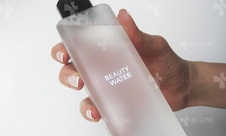 Sự thật khó tin: Toner pha nước rửa mặt trị mụn chỉ có ở Hàn