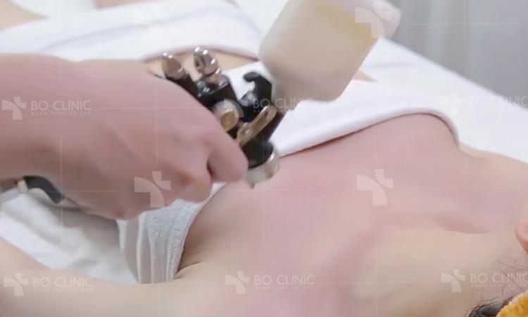Phun nano công nghệ ý phủ lớp dưỡng da trắng sáng lên toàn thân