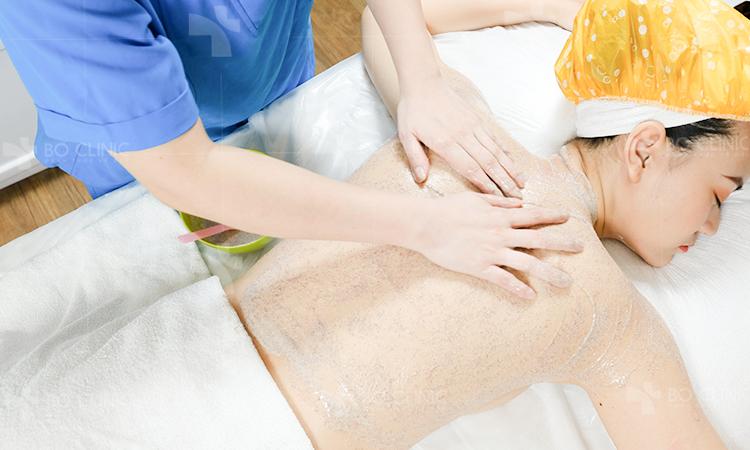 Tắm sáng ngọc trai an toàn không gây kích ứng da