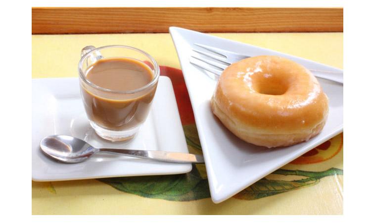Đường cũng là tác nhân gây nên mụn, đặc biệt là loại đường có trong bánh quy, bánh ngọt, bánh rán, các loại nước ngọt