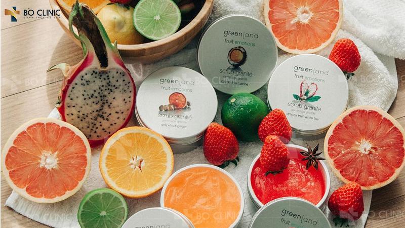 Có thể sử dụng tẩy da chết chứa các thành phần từ trái cây