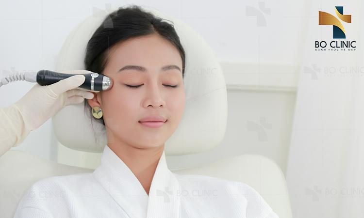 Nâng cơ trẻ hóa da với sóng RF kết hợp dưỡng chất nhanh chóng phục hồi làn da vùng mắt