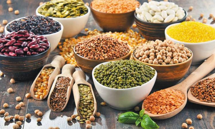 Các hạt ngũ cốc chứa nhiều chất dinh dưỡng giúp tóc chắc khỏe